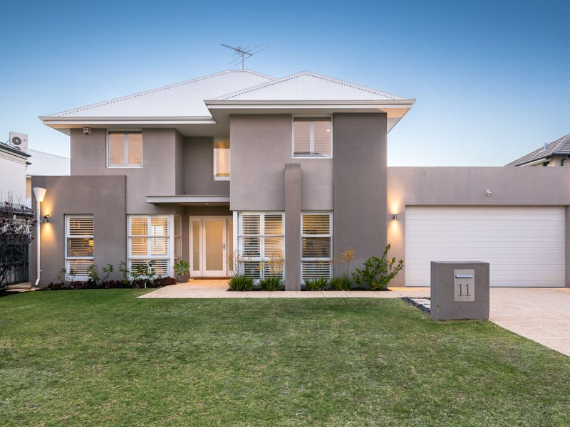 11 Algarve Way, Hillarys, WA 6025