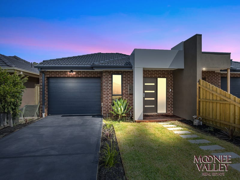 35 Robson Ave, Avondale Heights, Vic 3034