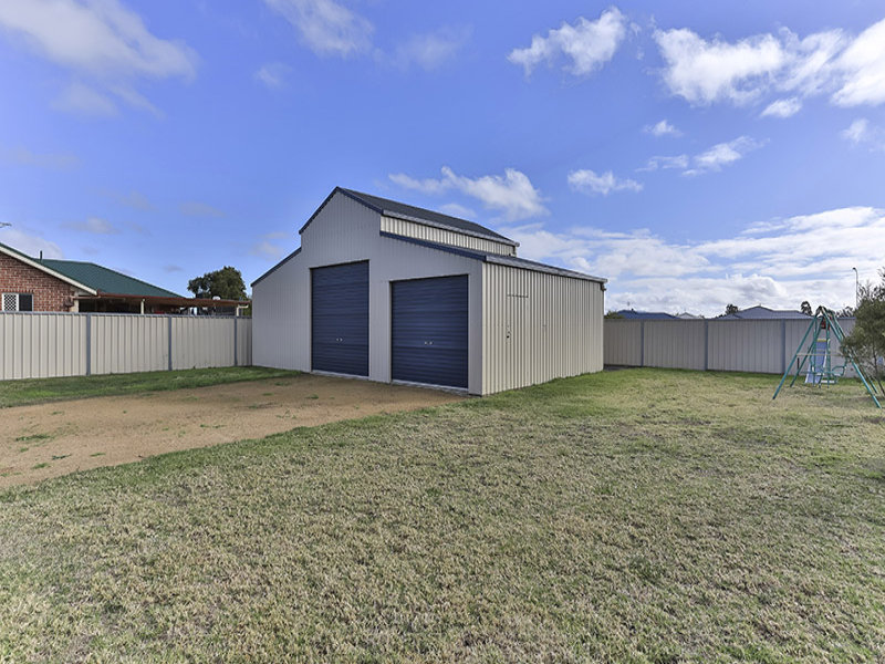 10 Jacquelyn Court, Oakey, Qld 4401