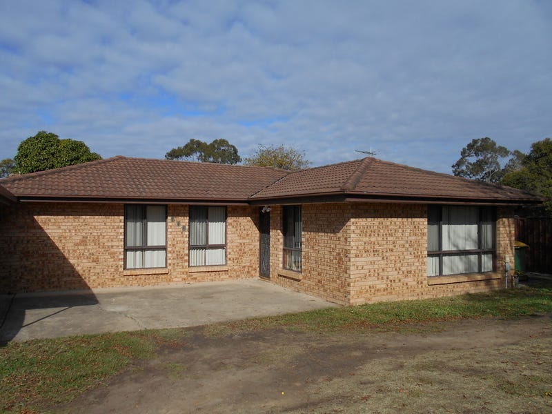116 Restwell Road, Bossley Park, NSW 2176