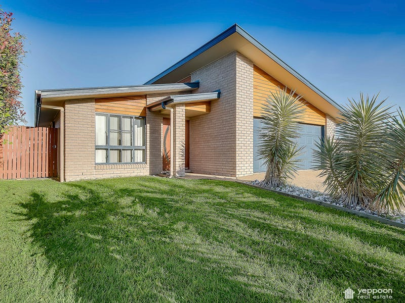 8 Seashell Court, Lammermoor, Qld 4703