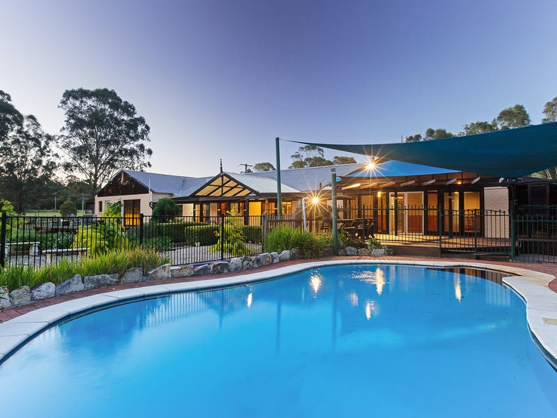 239 Neath Road, Kearsley, NSW 2325