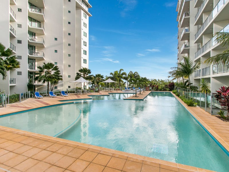 30303/99 Esplanade, Cairns City, Qld 4870