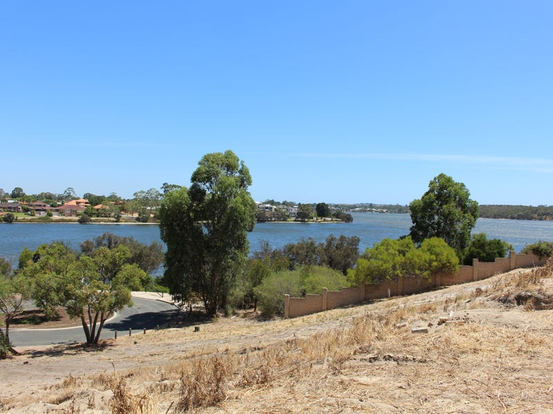 74 River Way, Salter Point