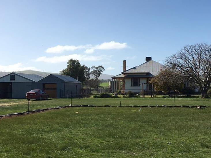 696 Ararat - St Arnaud Road, Crowlands, Vic 3377
