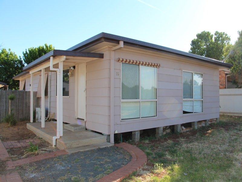 15 Todd Road, Lake Wyangan, NSW 2680