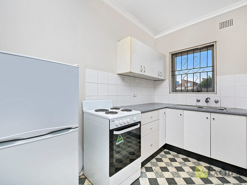 3/18 Hampden Road, Lakemba, NSW 2195
