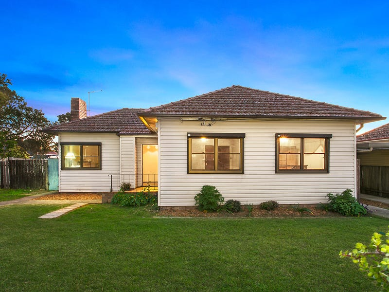 11 Bell Street, Riverwood, NSW 2210