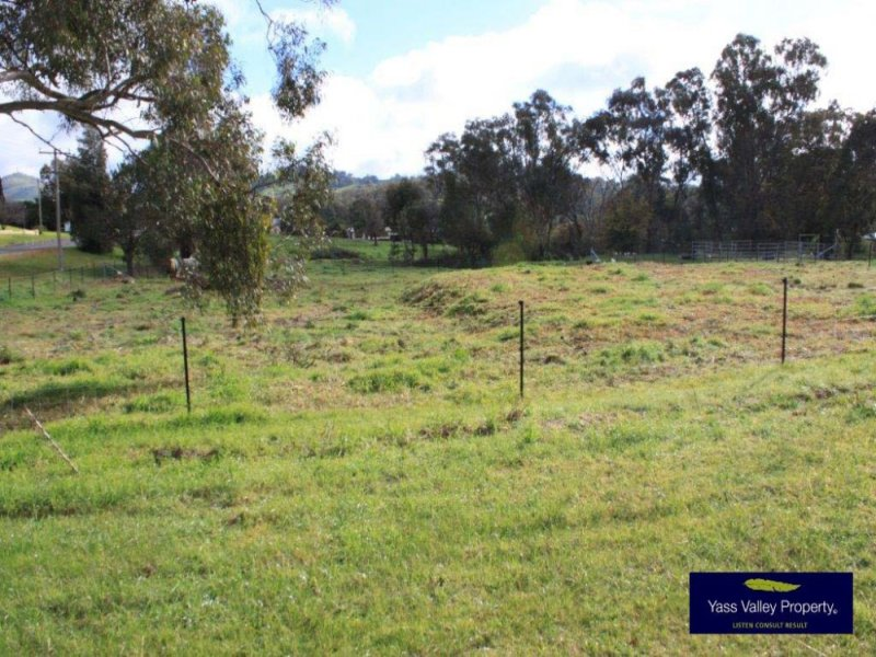 30 Stephens Street, Binalong, NSW 2584