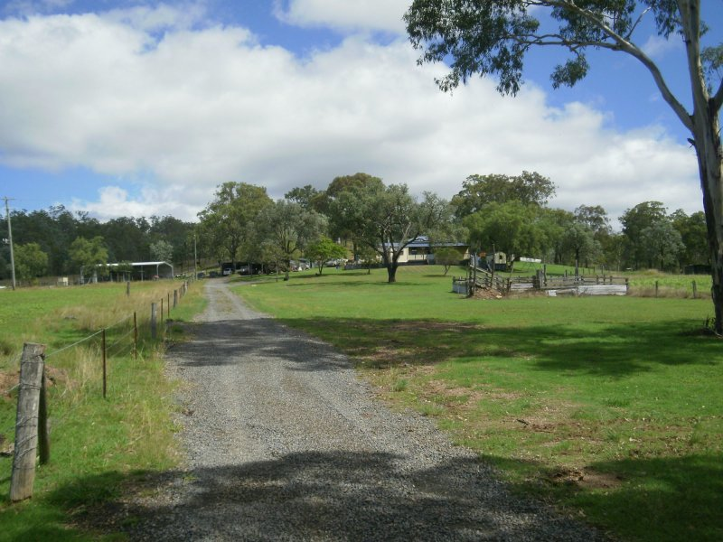 129 Emu Creek Hall Rd, Emu Creek, Qld 4355