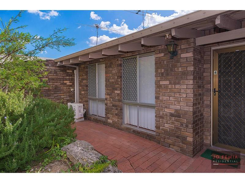 4/125 Waterloo Street, Tuart Hill