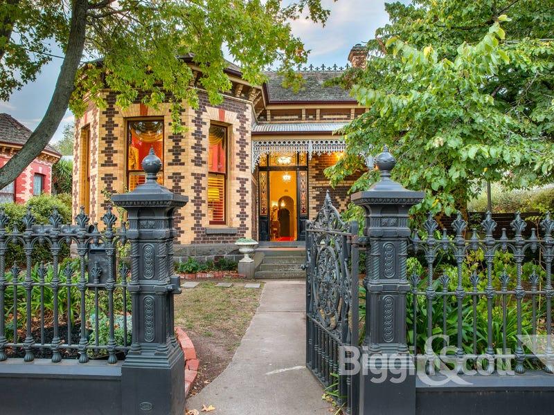 110 Webster Street, Lake Wendouree, Vic 3350 - House for