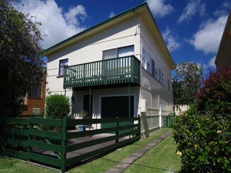 9 Scott Street, Crescent Head, NSW 2440