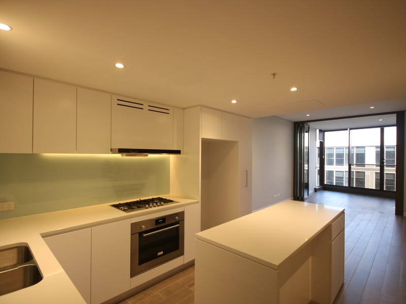 713/3 Foreshore Place, Wentworth Point
