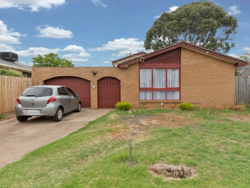 20 Wentworth Road, Melton South, Vic 3338
