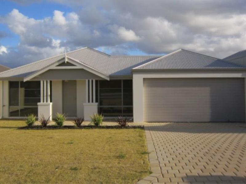 4  Rocklands Loop, Carramar, WA 6031