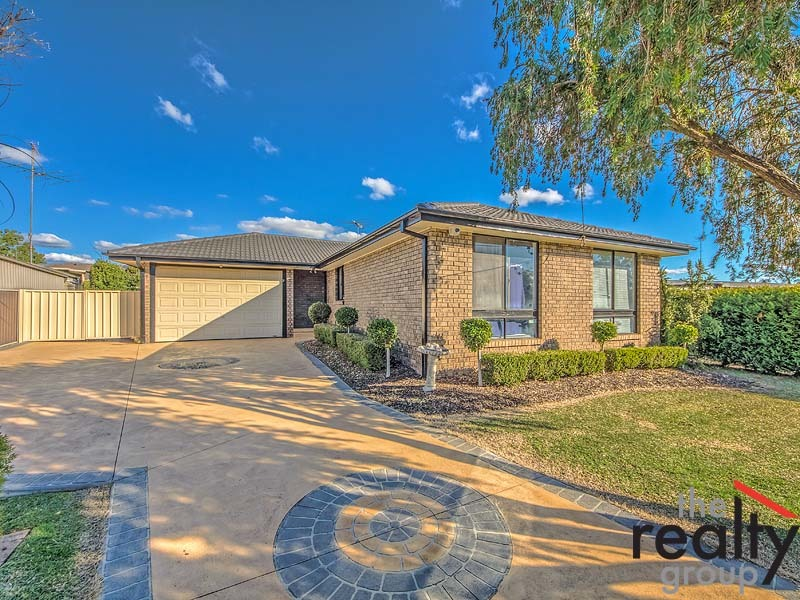 21 Wentworth Drive, Camden South, NSW 2570