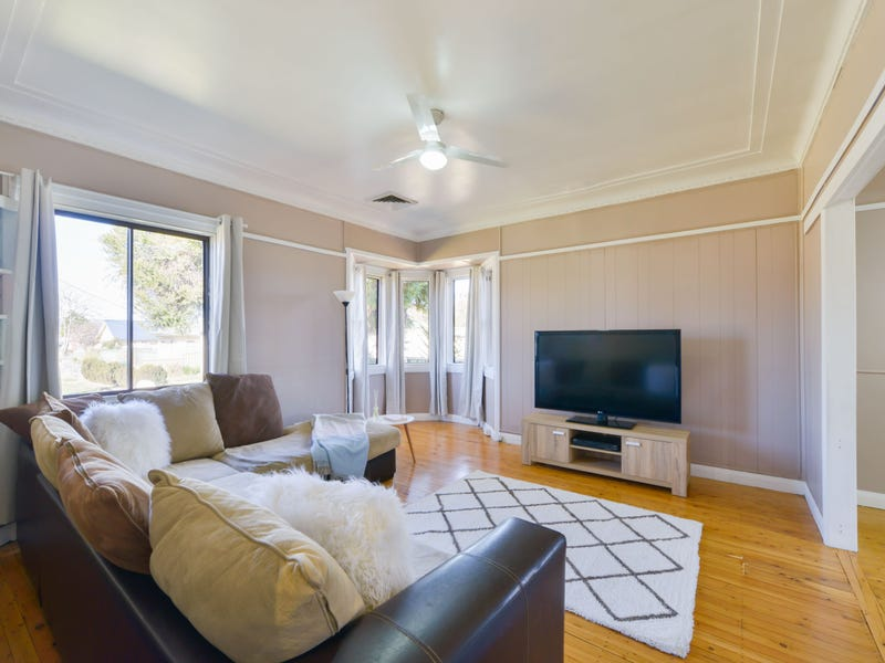 12 Joan Street, Tamworth, NSW 2340