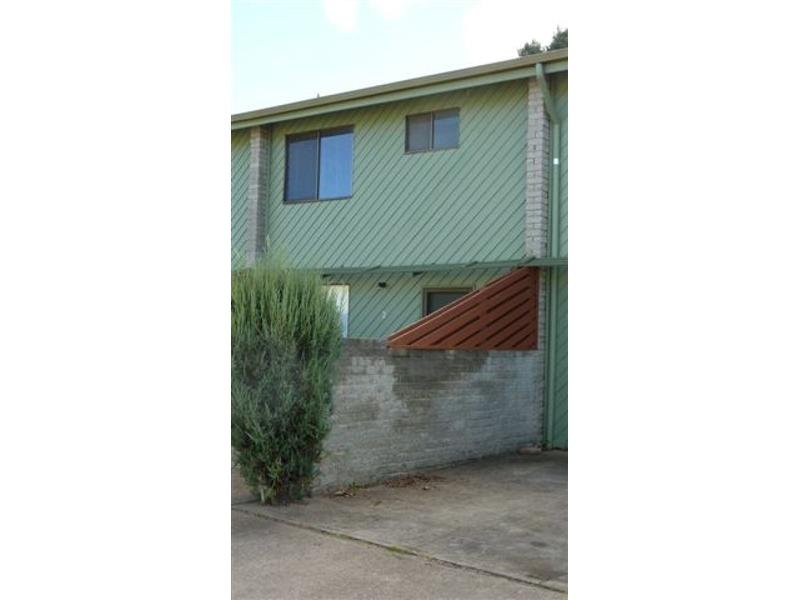 2/5 Gungarlin Street, Berridale, NSW 2628