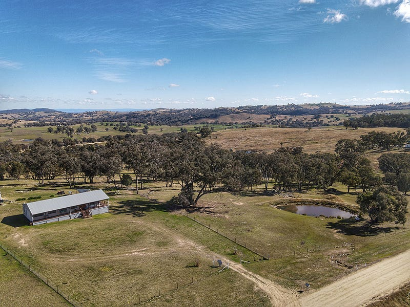 305 Horton Drive, Woodstock, NSW 2793