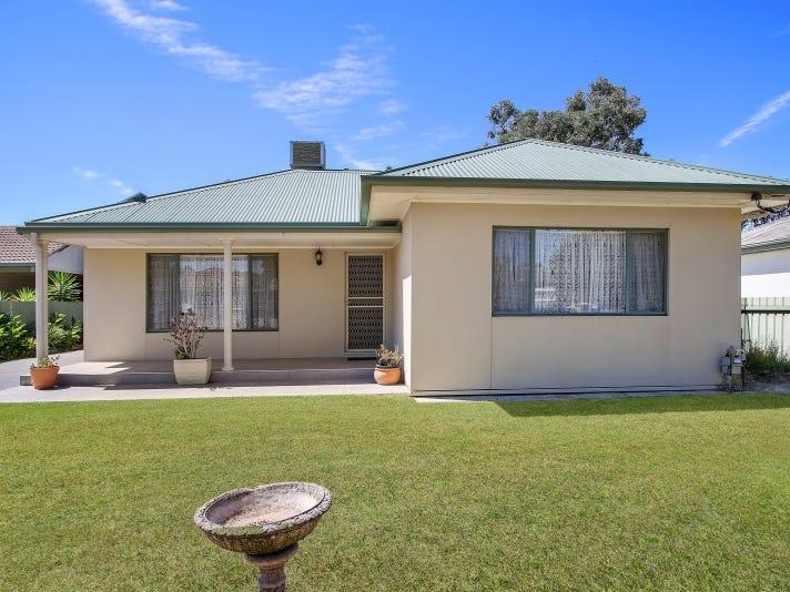 1/394 English Avenue, Lavington, NSW 2641