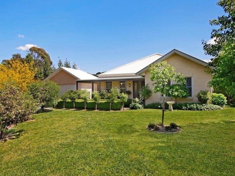 6 Romney Place, Burradoo, NSW 2576
