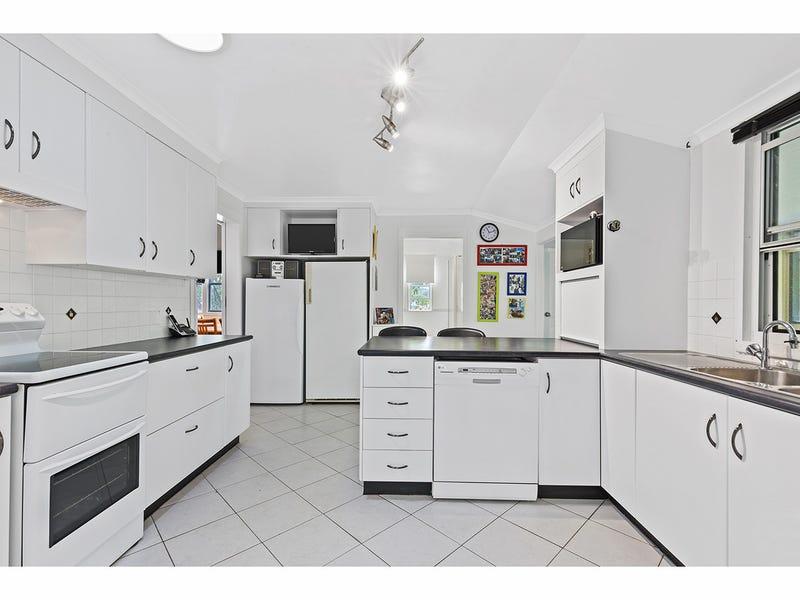 21 Carige Avenue, Bouldercombe, Qld 4702