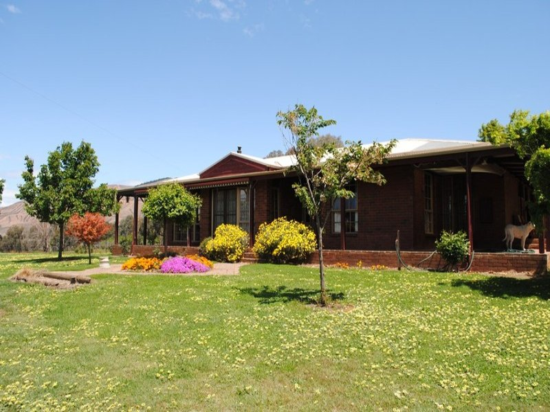 10 Hicks Rd, Mudgegonga, Vic 3737