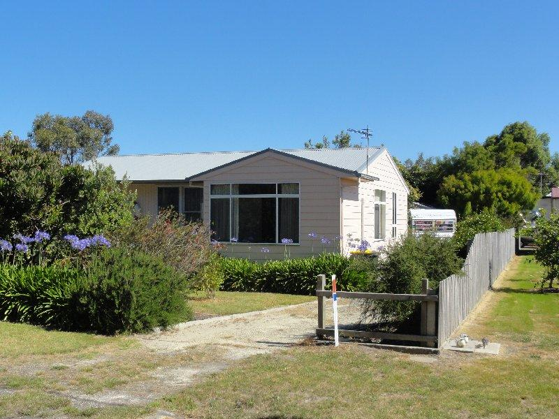 16 Townsend St, Port Welshpool, Vic 3965