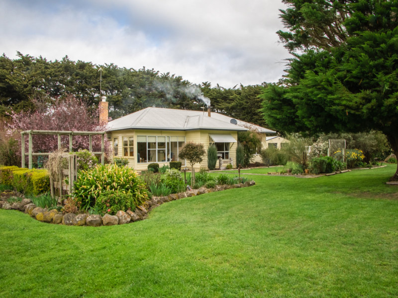 2556 Greens Lane, Hawkesdale, Vic 3287