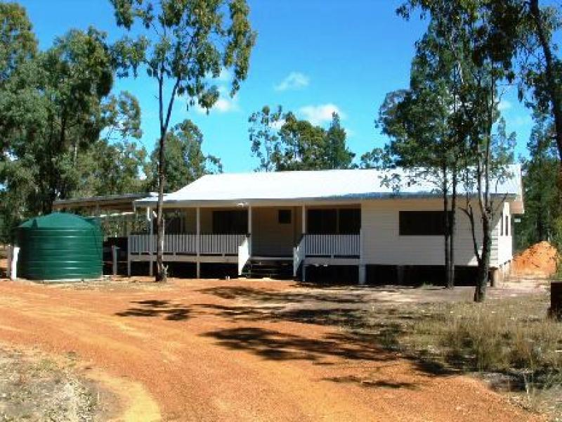 Idlewoods Moonie Highway, Ducklo, Qld 4405
