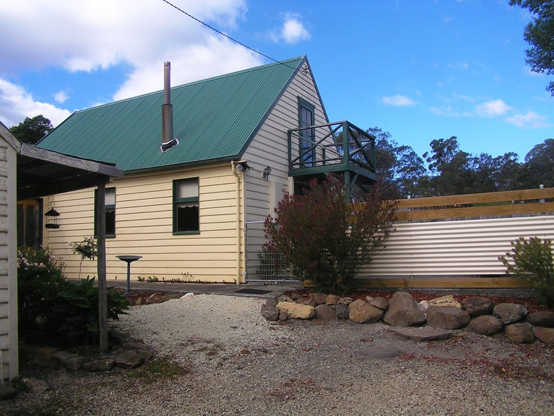 18 Delmore Road, Forcett, Tas 7173
