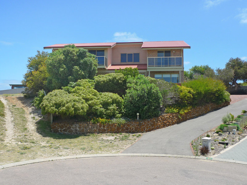 8 Mills Place, West Beach, WA 6450