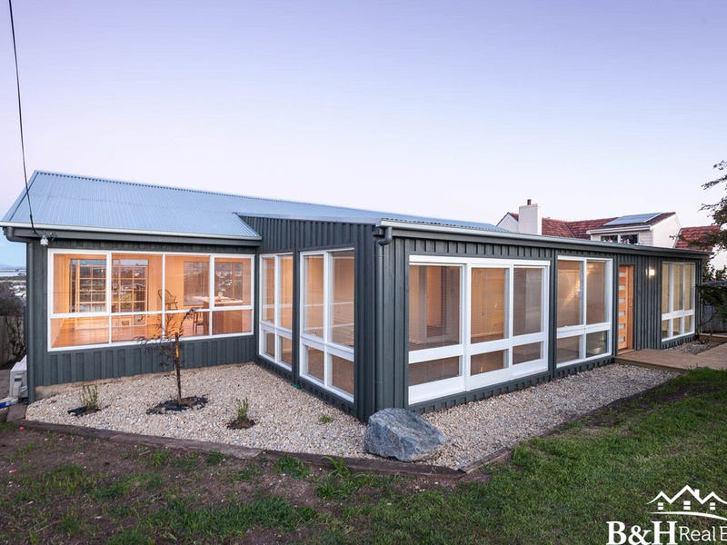 5 Amy Street, West Ulverstone, Tas 7315