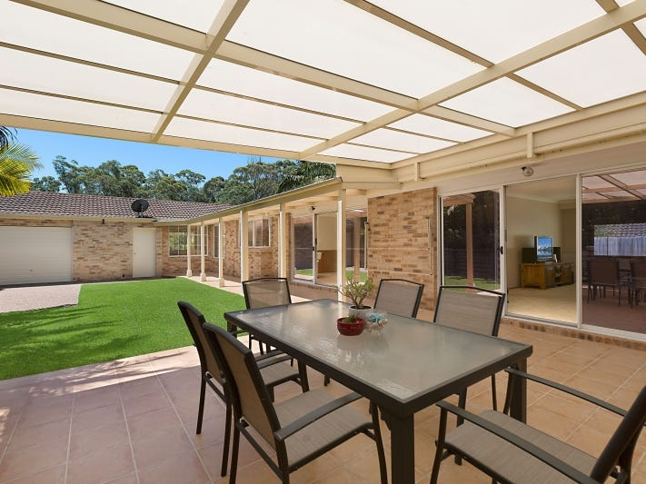 10 Childs Close, Green Point, NSW 2251