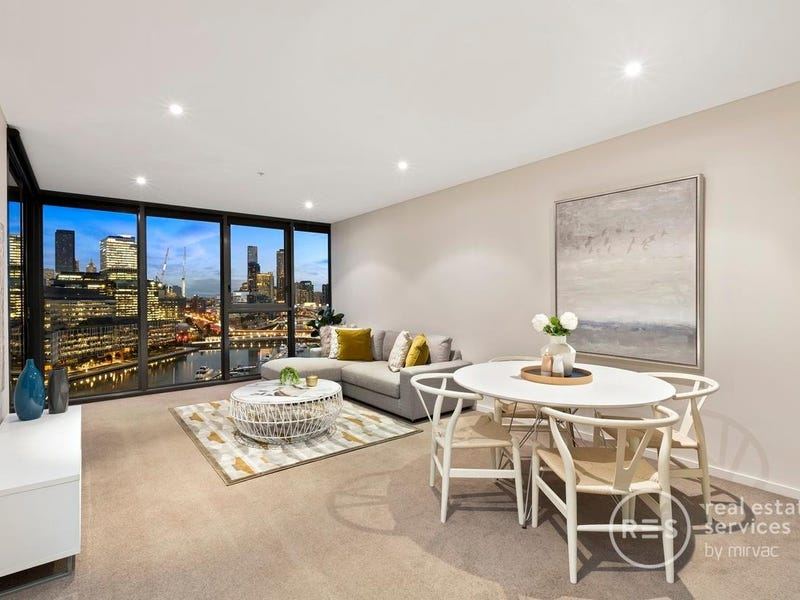 1702/1 Point Park Crescent, Docklands