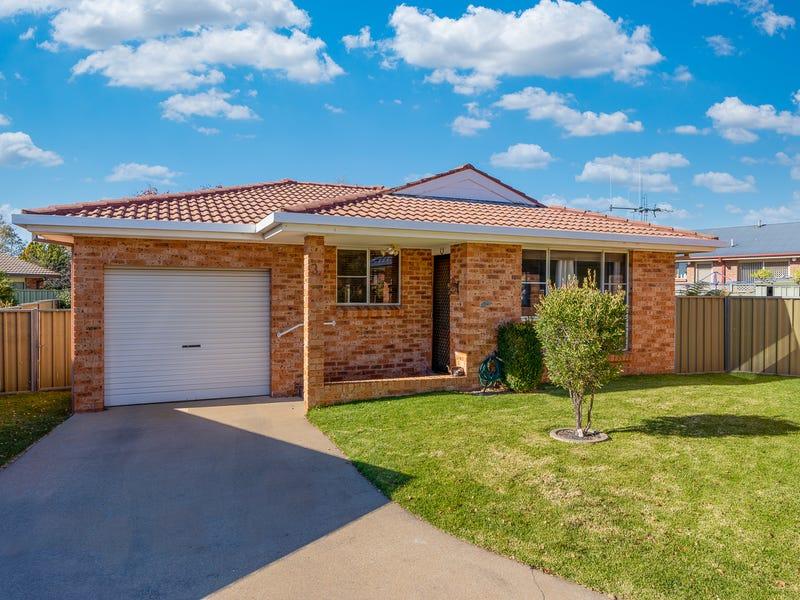 3/3 Covent Close, Orange, NSW 2800