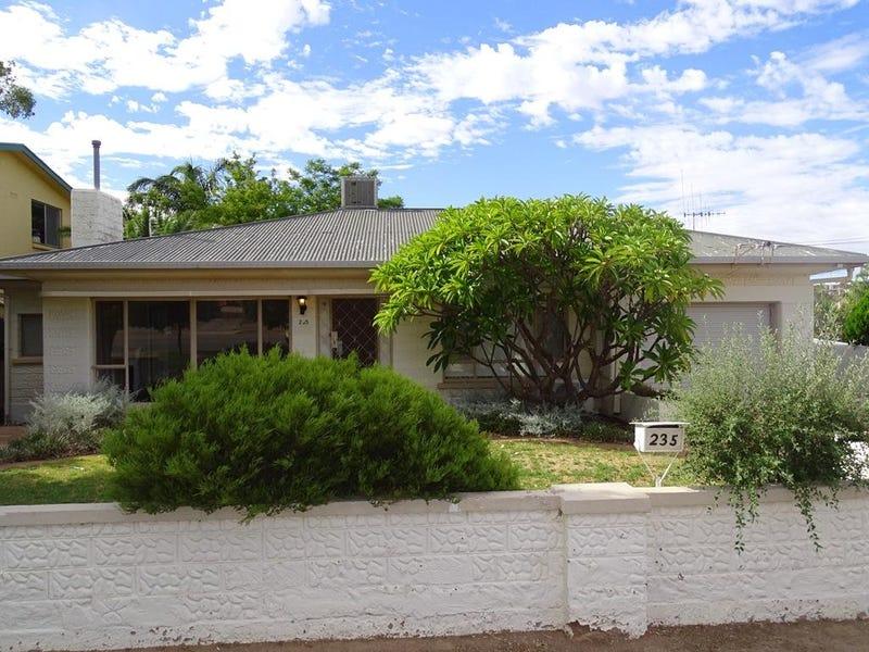 235 Cummins Street, Broken Hill, NSW 2880