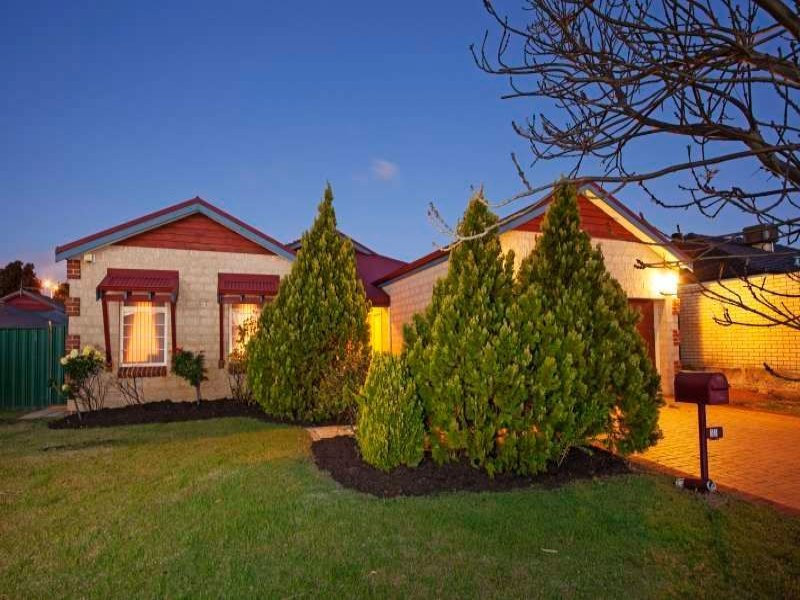 33 Ellesmere Circuit, Success, WA 6164