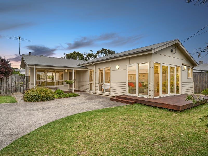 1/20 Cleeland Street, Newhaven, Vic 3925