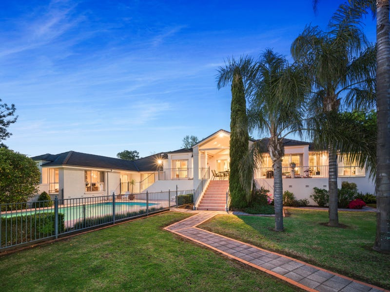 15 Mayfair Court, West Albury, NSW 2640