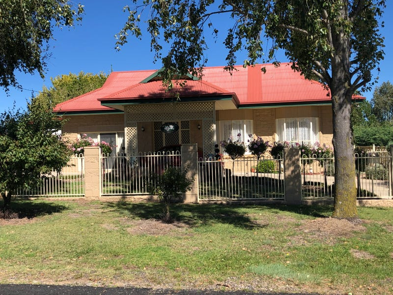 28 Blessing, Glen Innes, NSW 2370