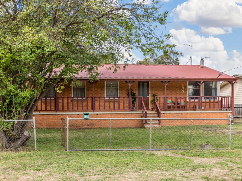 34 Molonglo Street, Bungendore, NSW 2621