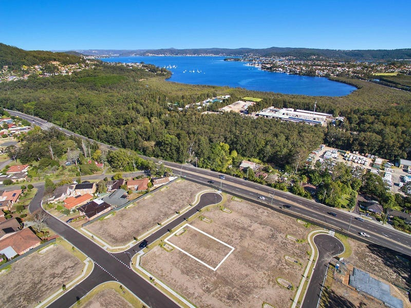 34 Peckham Place, Green Point, NSW 2251