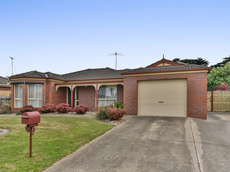 16 Mayfield Crescent, St Albans Park, Vic 3219
