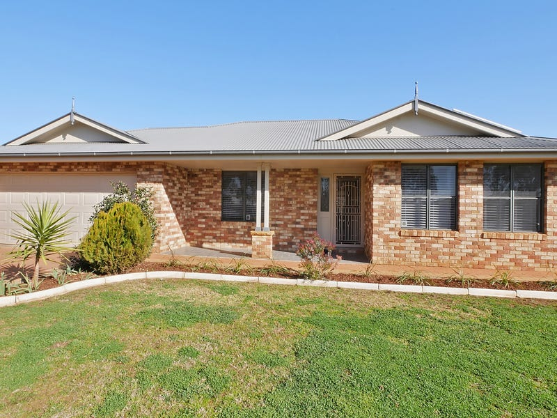 565 Wheelers Lane, Dubbo