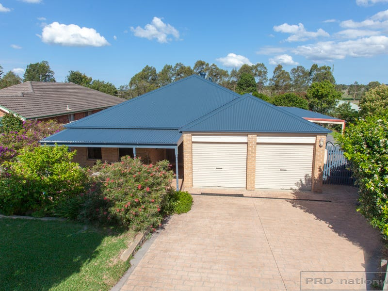 24 Carlisle Place, Morpeth, NSW 2321