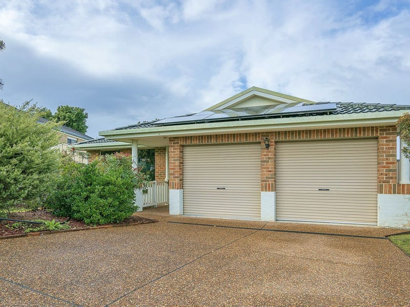 69 St Lawrence Avenue, Blue Haven, NSW 2262