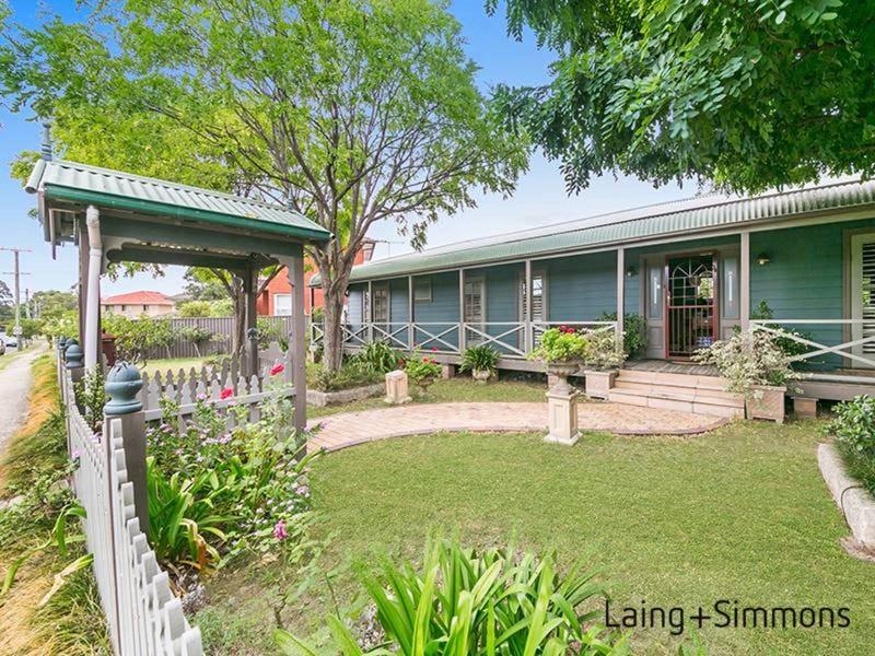 4 Fulton Avenue, Wentworthville, NSW 2145