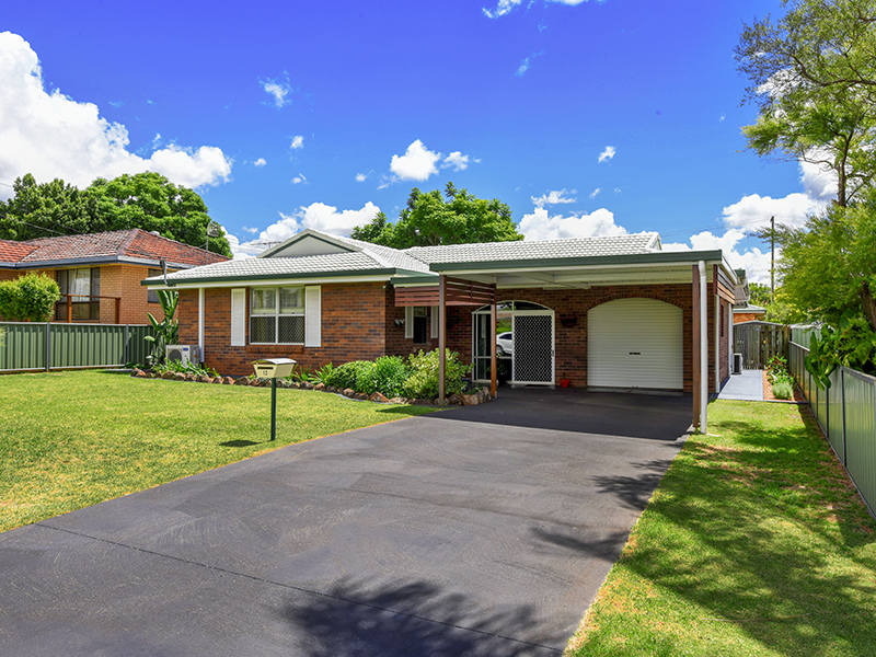 13 Trousdell Court, Rockville, Qld 4350
